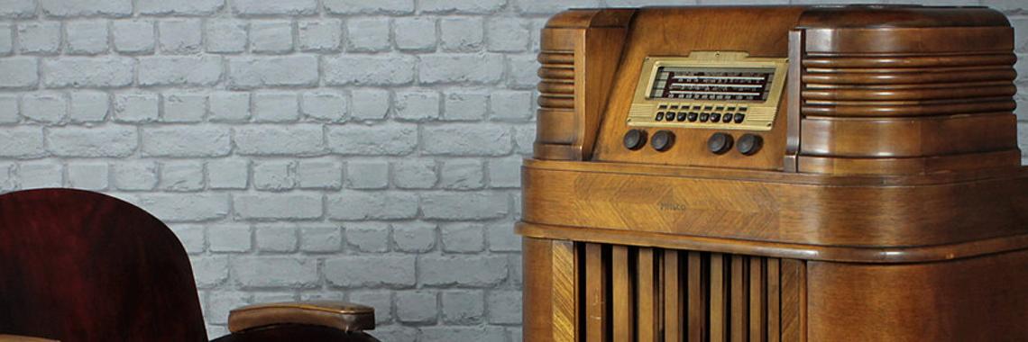Floor Standing Radio